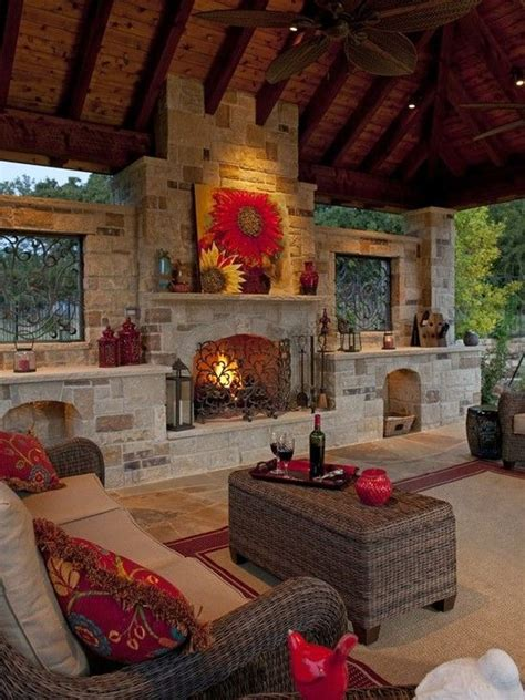 best outdoor living spaces best 25 outdoor rooms ideas on
