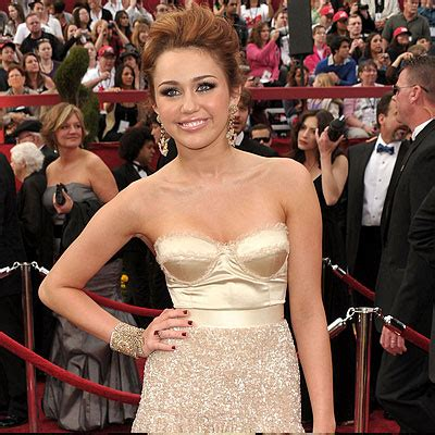 Trending Today Miley Cyrus Is Not A Bad by La Vie R 234 V 233 E De Sabine 2011