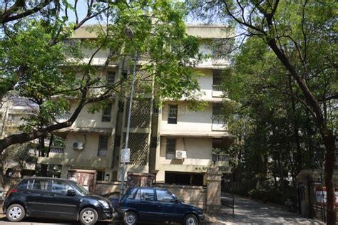 photos of residential societies in boat club road pune - River Crest Apartments Boat Club Road Pune