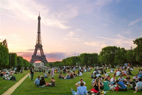 Apartment Plan by How To Picnic In Paris The Easy Way Paris Perfect