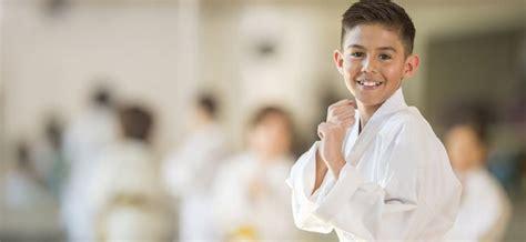 imagenes de karate en blanco y negro beneficios del karate infantil