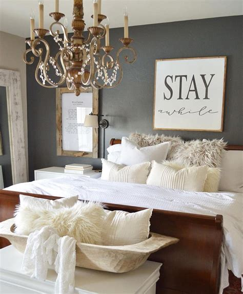 bed decorating ideas best 25 guest bedrooms ideas on guest rooms