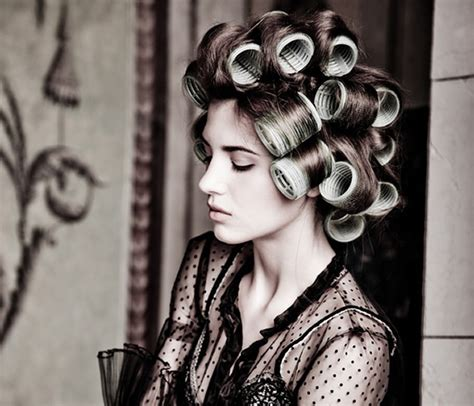 how to section hair for hot rollers tips and method to use hair rollers