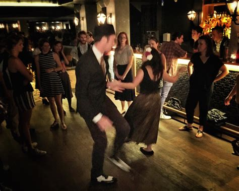 swing dancing classes sydney swing on down to the swinging cat eat drink play