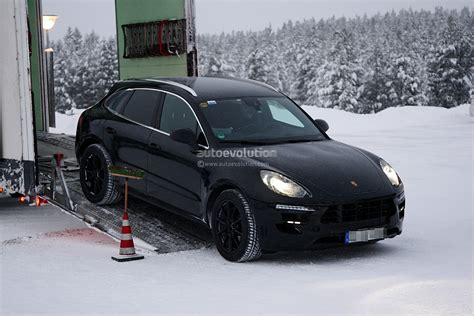 porsche winter spyshots 2014 porsche macan winter testing autoevolution