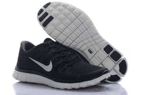 nike black and white running shoes womens nike free run 5 0 nike running shoes for black