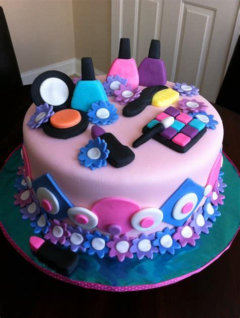 girl themes for cakes 13 birthday cakes for teens teenage girl birthday cake