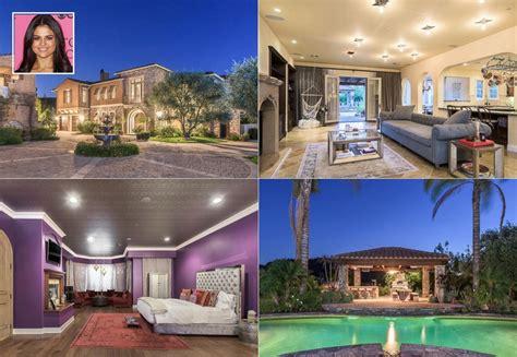 selena gomez bedroom selena gomez lists california home for 4 5 million