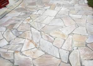 terrassen platten mediterrane terrassenplatten und belag naturstein pflaster