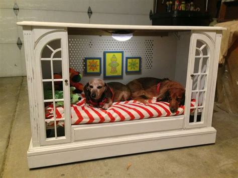 dog misses couch 1000 ideas about old tv consoles on pinterest