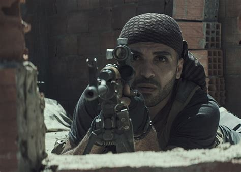 film kisah nyata sniper review american sniper kisah dilematis legenda penembak