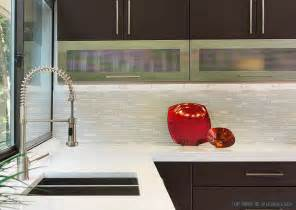 White Kitchen Tile Backsplash by 5 Modern White Marble Glass Metal Kitchen Backsplash Tile