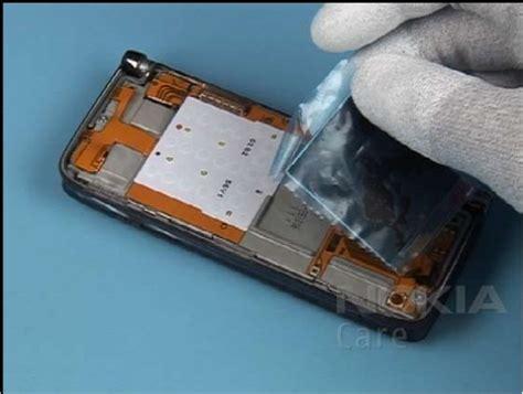 Keypad Atas Nokia E90 cara membuka casing nokia e90 plentiswae