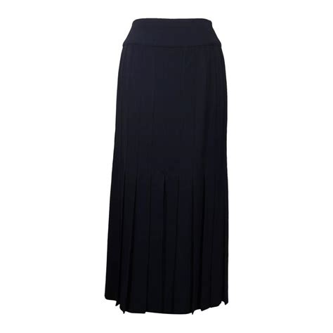 At Maxi 38 Navy chanel boutique vintage navy blue maxi skirt w pleats size 38 fr for sale at 1stdibs