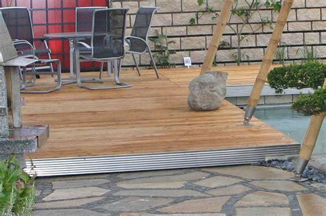 terrasse mit überdachung terrasse begrenzung umrandung mit gartenprofil 3000