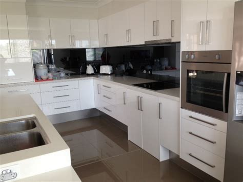 Accessible Kitchens ? VIP ACCESS
