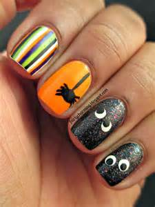 Simple Halloween Nail Designs