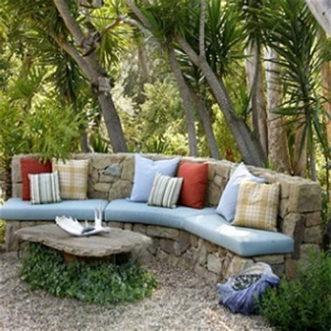 cozy outdoor spaces cozy touches for outdoor spaces howstuffworks