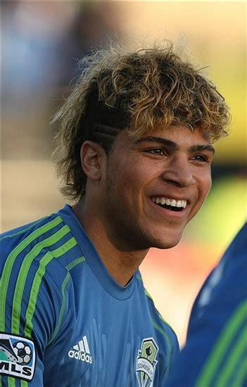 how does yedlin cut his hair how does yedlin cut his hair deandre yedlin refuses to