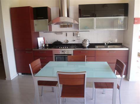 tavolo e sedie cucina cucina scavolini cucina modello rainbow cucine a prezzi