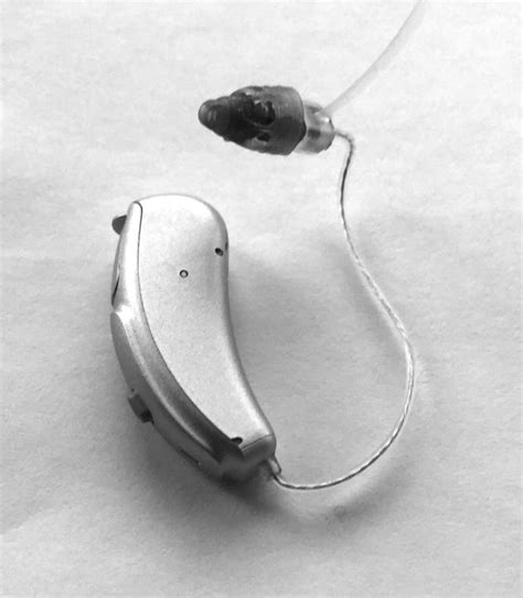 best hearing aids reviews a review of the best hearing aid on the market hear 2 work