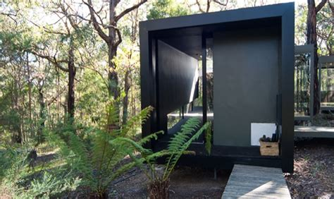 Tiny Modern Cabin In Australia Tiny House Pins Tiny House Builders In Australia