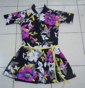 Baju Renang Wanita Muslimah Motif baju renang wanita motif bunga hitam harga jual