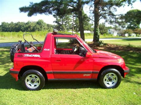 sidekick jeep 1994 geo tracker 4x4 convertible sidekick jeep suv truck