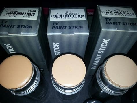 Pelembab Kryolan solehah collections tv paint stick repack by kryolan supracolor