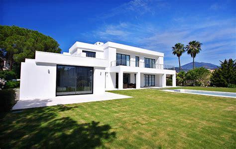 modern villas marbella villas for sale in marbella frontline golf contemporary villa for sale nueva andalucia