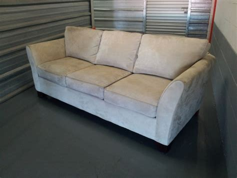 cream microfiber couch great condition cream microfiber sofa couch loose back