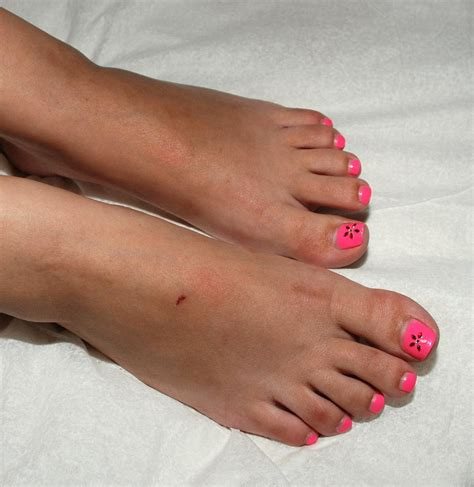 toe nail color trendy toenail colors new nail colors for 2015