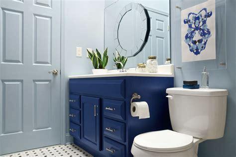 builder bathroom makeover a vs builder grade bathroom makeover the makerista