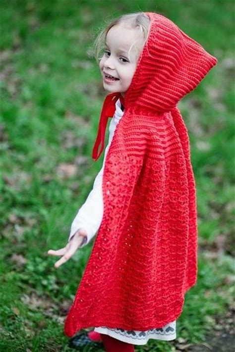Knit Cloak Outer ravelry cape pattern by liz mouter