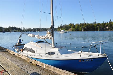 sailboat stern rail deck work bow pulpit stern rail and stanchions