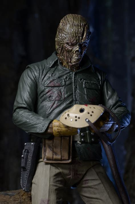 Large Scale Cara Figure closer look friday the 13th part 6 ultimate jason 7