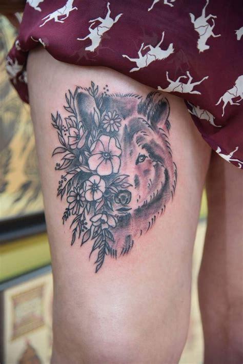 geometric tattoo kansas city 25 best ideas about tatouage tete de loup on pinterest