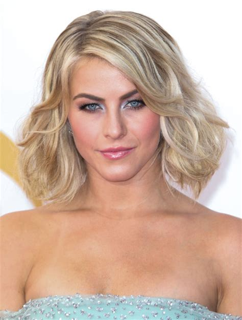 juliannehough curly bob chic curled out bob hairstyles for short hair pretty designs