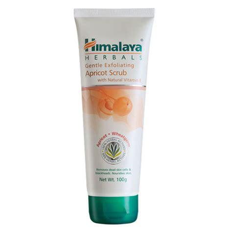 Gentle Exfoliating Scrub Scrub Wajah himalaya gentle exfoliating apricot scrub
