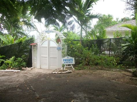 Cottages In Ocho Rios Jamaica by Entrance To The Cottage Picture Of Couples Sans Souci Ocho Rios Tripadvisor