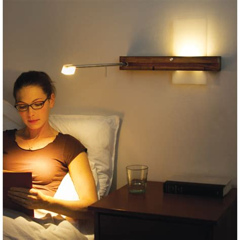 Make It A With The Reading Light by 14 Ways To Turn Your Bedroom Into A Cozy Artistic Place