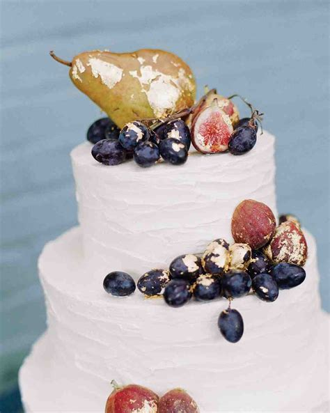 42 Fruit Wedding Cakes That Are Full of Color (and Flavor