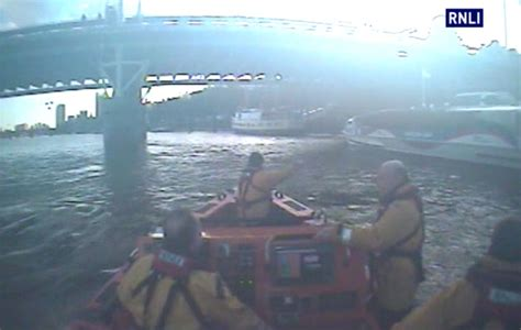 thames clipper lost and found rnli rescue man trapped against a pier in thames ybw