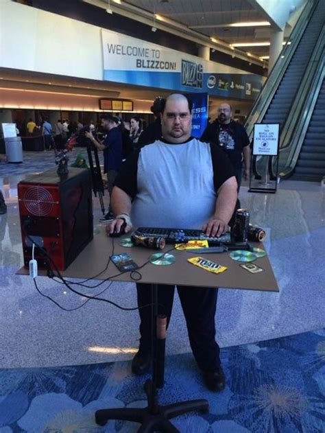 Cosplay Brings South Park's Most Famous Nerd To Life