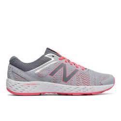 womens running shoe reviews womens new balance 520 comfortride runner gray pink