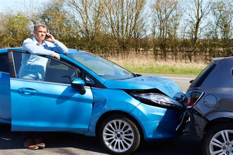 Motorradversicherung F R Auto Bertragen by 6 Signs Your Car Brakes Need Maintenance Blain S Farm