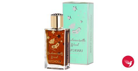 Parfum La Perle patchouli perle d azur des filles a la vanille parfum
