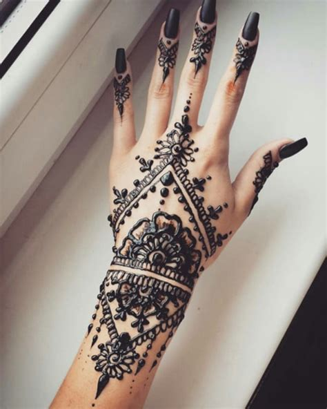 tattoos that look like henna 99 beautiful henna ideas for to try at least once