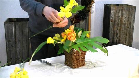 how to do japanese flower arrangement for beginners youtube