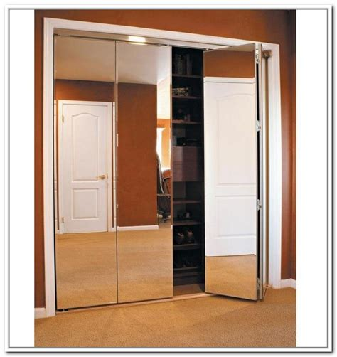 Mirrored Accordion Closet Doors Mirrored Closet Bifold Doors Roselawnlutheran